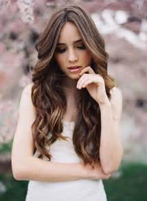 soft curl hairstyle wedding hair ideas long hair loose curls natural