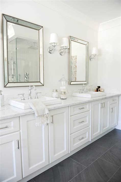 Bathrooms With White Cabinets Hton Style Bathroom