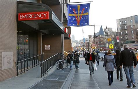st vincent s east emergency room st vincent s hospital in manhattan closed on verge of bankruptcy ny daily news