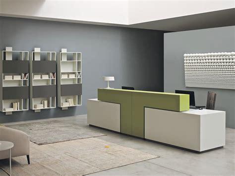 mobili per ufficio reception tavoli tavoli ufficio design moderno banconi reception