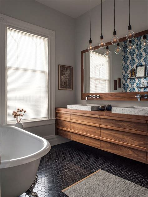 closet wallpaper on pinterest vinyl flooring bathroom d 233 cor do dia azulejo portugu 234 s no banheiro casa vogue