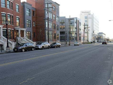 Brownstone Apartments Jersey City Nj The Brownstones Townhouses Rentals Jersey City Nj