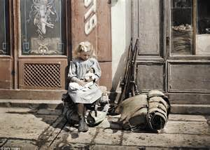 world war 1 in color photo show lives of soldiers away from ww1 western