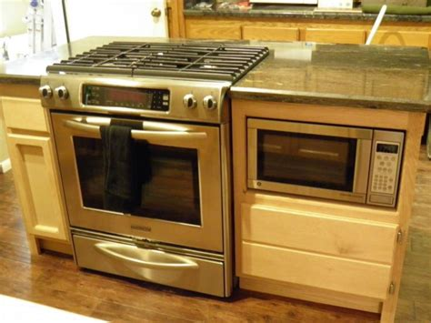 Kitchen Oven Range Reviews 25 Best Ideas About Stove In Island On Island