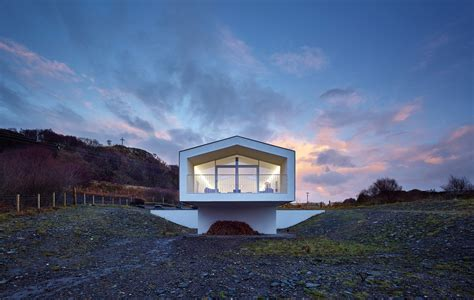 house by dualchas architects near mallaig scotland
