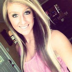 hairstyles blonde on top brown underneath long loosely curled light blonde hair with dark brown hair