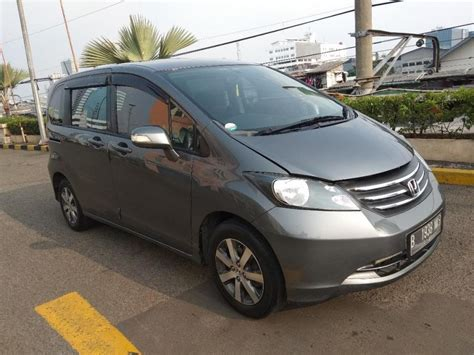 Jual Honda Freed 1 5 Psd At 2012 honda freed 1 5 psd at 2011 abu abu metalik mobilbekas