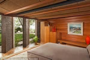 la mansion silvertop goes on the market for 7 5 million