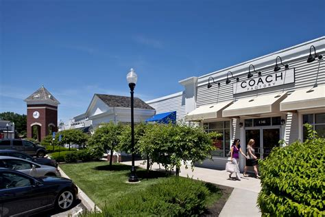 lee outlet printable coupons lee premium outlets outlet mall in massachusetts