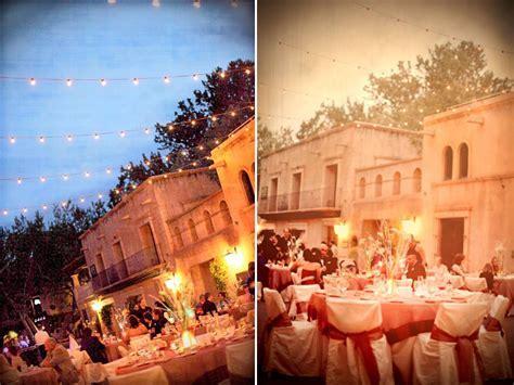 Outdoor Sedona, AZ wedding reception venue during dusk