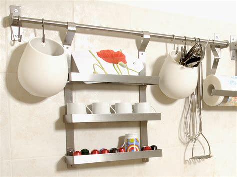 accessori da cucina ikea installare contenitori da parete ikea in cucina