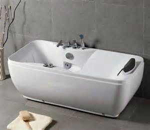Bathtubs With Jets Various Factors To Help You Determine The Best Jetted