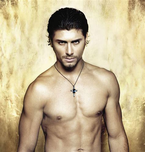 tattoo de jesus luz fotos do jesus luz pelado sem cueca homens sem cueca