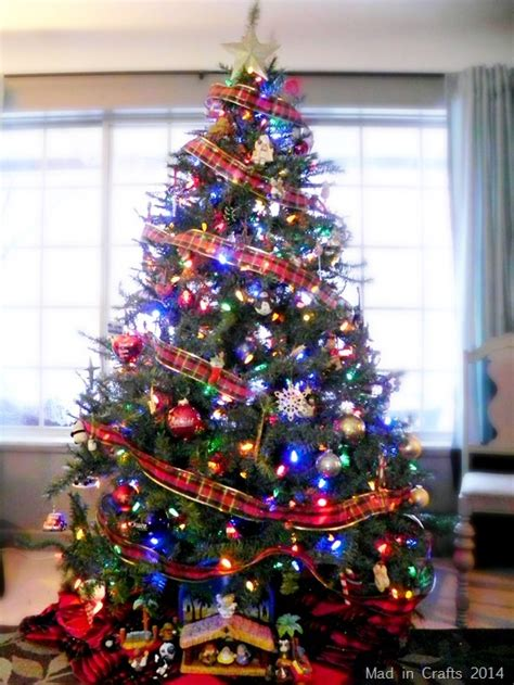 best dressed christmas tree for 1920 house best dressed home sweepstakes mad in crafts