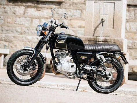 Mash 125 Motorrad Test by Mash Black Seven 125 Du Vintage En Euro 4 Scooters E