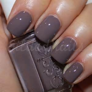 fall nail color 15 fabulous nail colors for fall 2016 girlshue