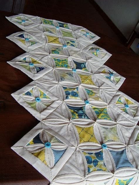 cathedral window runner 22 best images about cathedral window patchwork on