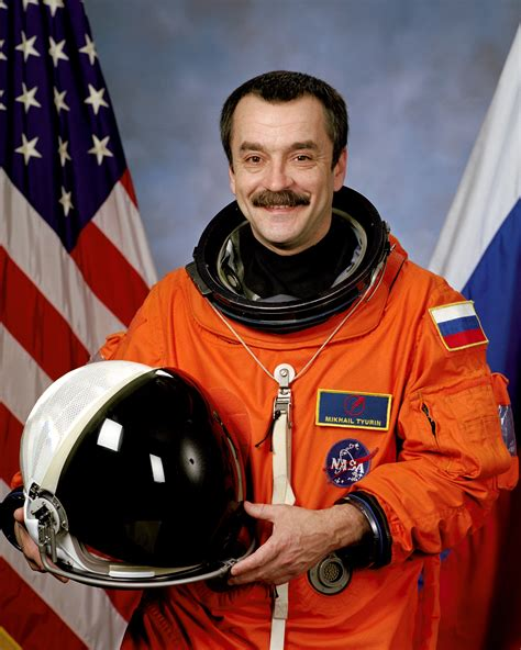 russian in space space in images 2006 10 russian cosmonaut mikhail tyurin