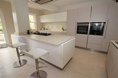 l post top fitters kitchen extension with structural pillar modern