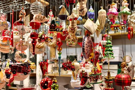 christmas market   nanabreads head
