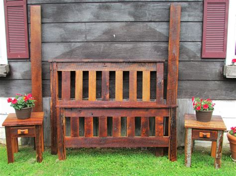 Wood And Footboards by Amish Made Barn Wood And Footboard Set Amish Furniture