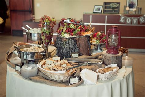 how do you set up a table ev free fullerton pleasant events