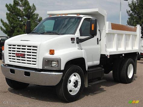 gmc trucks 2006 2006 white gmc c series topkick c7500 regular cab chassis