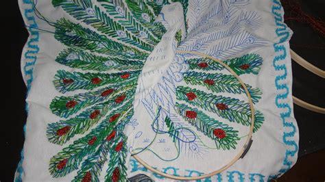 imajenes de dibujo de pavo real para bordar bordado fantasia plumaje follaje pavorreal marimur 498