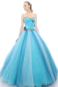 Home 187 dresses 187 look charming in a little blue princess dress