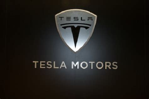 Tesla Motor Engine Samsung Sdi Beats Lg Chem In Bid To Sign Battery Deal With