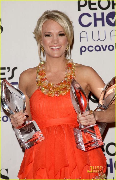 full sized photo of carrie underwood peoples choice awards