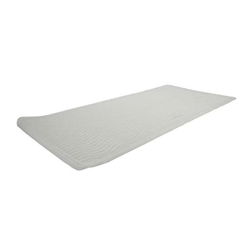rubbermaid bathtub mats ginsey rubbermaid rubber bath mat made from renewable