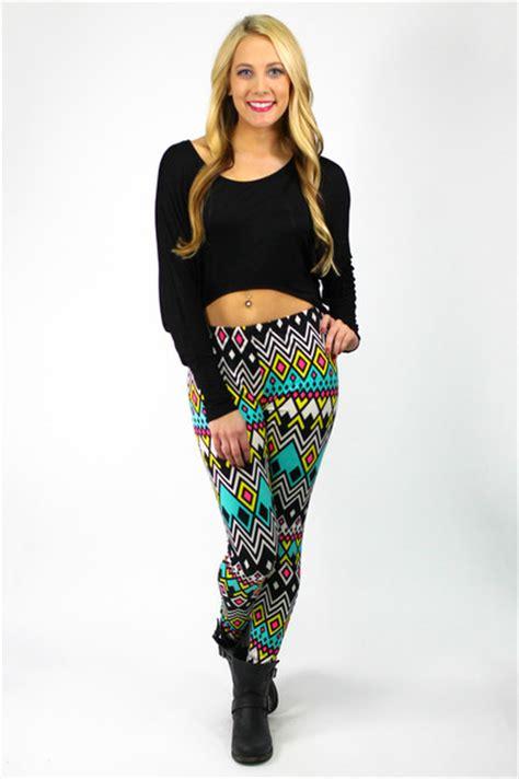 Hi Low Top Leging tribal pattern neon aztec