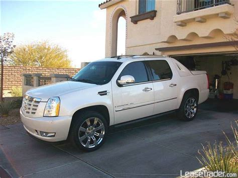 online service manuals 2008 cadillac escalade windshield wipe control service manual how petrol cars work 2008 cadillac escalade ext parental controls 2008