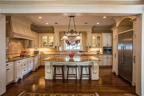 The 15 Most Popular Kitchen Photos on Zillow Digs for 2018