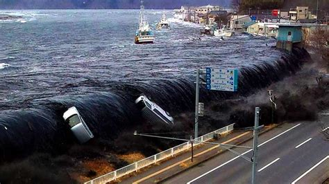 best tsunami footage real tsunami pictures www pixshark images