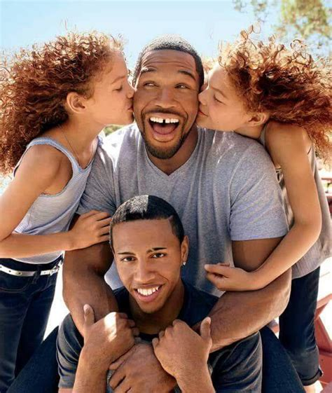 Michael Strahans Daughter Sophia Strahan | michael strahan with twin daughters and son nyg new
