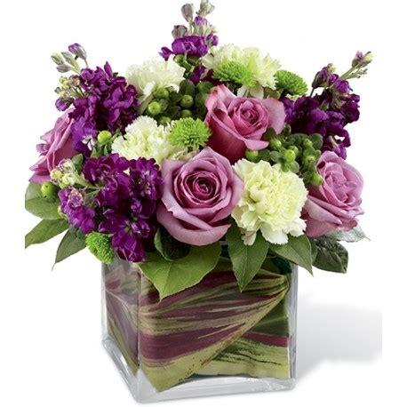 costo mazzo fiori composizione in vetro cool water