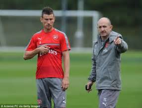 arsenal coach arsenal boss arsene wenger agrees new two year contract