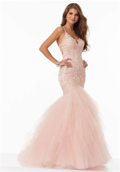 beautifully fitted prom dress with embroidery style