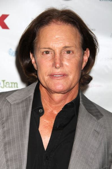 why does bruce jenner have long hair five reasons why kris jenner and bruce jenner are getting