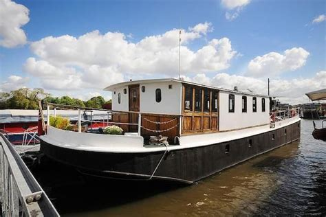 house boats to buy london 1000 images about living on water on pinterest