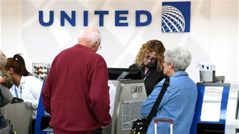 united baggage policy united airlines policy changes include paying bumped