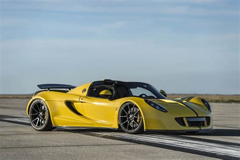 Fastest Horsepower Car by World S Fastest Convertible 265 6 Mph Hennessey Venom Gt