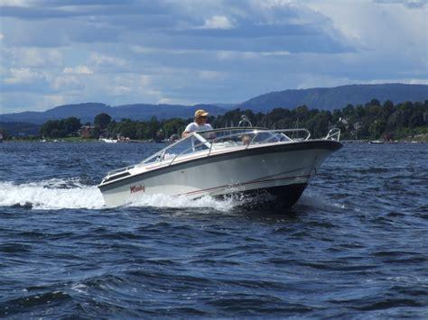 motor boat file motorboat in oslofjord jpg