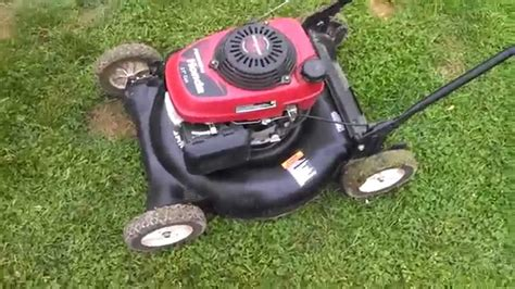 craftsman push mower   honda engine  bucks youtube