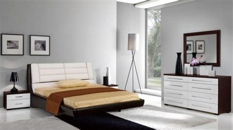 ways to arrange furniture in a small bedroom the best ways to arrange bedroom furniture bedroom