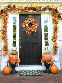 Fall Decorations For Outside The Home by Best 25 Fall Porch Decorations Ideas On Pinterest