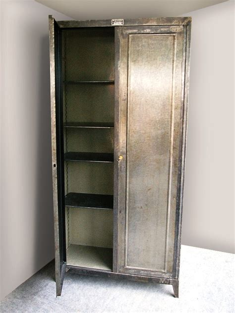 peindre armoire metallique rangement m 233 tallique industriel ab61 jornalagora