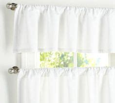 pottery barn kitchen curtains 1000 images about curtains on cafe curtains